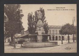 DF / 25 DOUBS / BESANÇON / FONTAINE DE LA PLACE DE LA REVOLUTION ET MUSÉES - Besancon