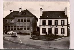22 - ROSTRENEN: La Mairie - 2 Cv, Dauphine... - Cpsm Années 50 - - Francia