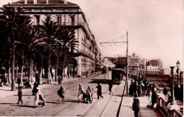 ALGERIE : ALGER : Boulevard de la R�publique et Square Bresson