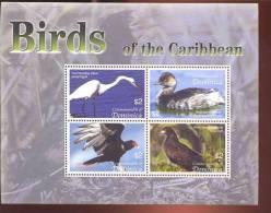 DOMINICA   2531  MINT NEVER HINGED MINI SHEET OF BIRDS - Non Classés
