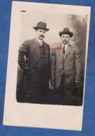CPA Photo - NEW YORK - Portrait De 2 Roumains émigrés Aux USA - Envoyé à Salomon ROSENSTOCK à FOCSANI - Chapeau Hat - Photographs