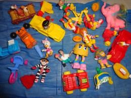 Lot De Sujet Mc Donald Et Autres--- - Kinder & Diddl