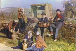 LE MORVAN TOURISTIQUE - SCENE FOLKLORIQUE - 2 Musiciens Et 4 Femmes En Costumes Traditionnels - Non Circulé - Folklore