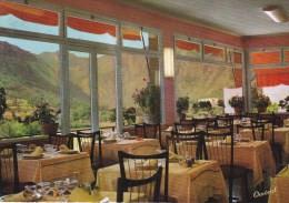 "CPM 10X15 .  ANDORRE . ANDORRA PALACE . Restaurant ""La Truita "" Hôtel RIPERPUIG . Vue D´1 Des 3 Salles à Manger - Andorre"