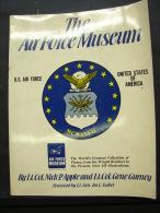 AF. Lot. 420. The Air Force Museum - Forces Armées Américaines