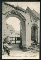 CPA - FONTAINE HENRI - Portes De L'Ancien Manoir, Animé - France