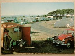 Hillman Minx, Citroen DS, Caravane, Camping Pilote Des Montilles, Grau De Vendres - Passenger Cars