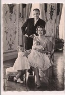 -- MONACO: Le  Prince Rainier, Princesse Grace, Albert Bébé Et Caroline - - Palais Princier