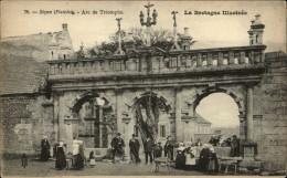 29 - SIZUN - Costumes - Coiffes - Arc De Triomphe - Sizun