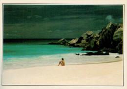 SEYCHELLES. SPIAGGIA  DI LA DIGUE      (NUOVA CON DESCRIZIONE DEL SITO SUL RETRO) - Seychelles