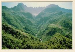 LA REUNIONE    CILAOS:   PAESAGGIO   (NUOVA CON DESCRIZIONE DEL SITO SUL RETRO) - Réunion