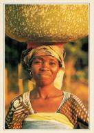 TOGO  BASSAR:  DONNA CHE RITORNA DAL FIUME    (NUOVA CON DESCRIZIONE DEL SITO SUL RETRO) - Togo