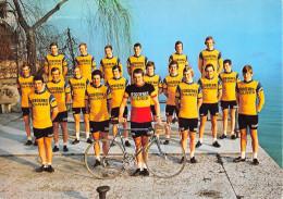 """Carte Grand-Format  -  Coureurs Cyclistes De L´Equipe """" IJSBOERKE """"  - - Cyclisme"""