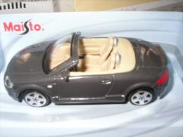 31-54. Coche Escala 1/43. Audi TT. Roadster. Maisto - Maisto