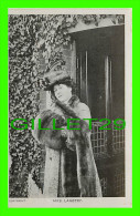 ARTISTE, ACTRICE MISS DORIS STOCKER - TRAVEL IN 1906 - VALENTINE'S SERIES - PHOTO, BASSANO - - Artistes