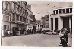 POITIERS  - Autour De La Place Leclerc. CPSM   Rare - Poitiers