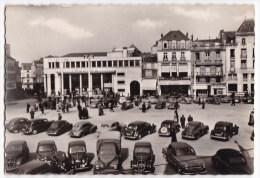 """POITIERS  -   Le Théatre """"Comédia"""" Et La Place Leclerc.. CPM Nombreuses Voitures. - Poitiers"""