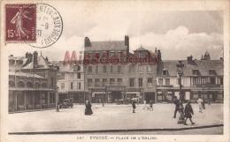 76 - YVETOT - La Place De L'Eglise- 2 Scans - Yvetot