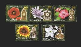 Romania - ° 2013 -  Fiori.+ Orologi , Kloc.  5valori. - 1948-.... Repubbliche