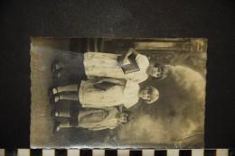 CP, ENFANTS Groupes D'enfants & Familles Carte Photo Ecrite En 1932 - Groupes D'enfants & Familles