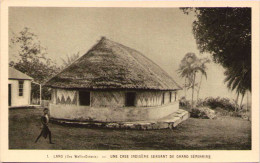 LANO - Une Case Indigène Servant De Grand Séminaire - Wallis Y Futuna