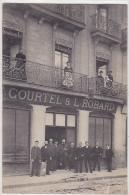 44. NANTES. CARTE PHOTO.  MAGASIN COURTEL& L. ROBARD.   AN 1909. - Nantes
