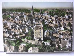 36 - EN AVION AU DESSUS DE LA CHATRE - LE MUSEE G. SAND 'ANCIENNE PRISON) ET VUE GENERALE - La Chatre