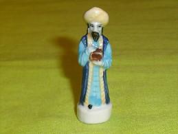 F�ves / santons / personnage : nativit�, roi mage  T87