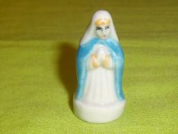 F�ves / santons / personnage : nativit�, la vierge  T87