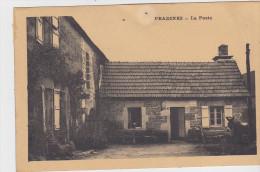 Pradines   La Poste   Presence D Un Ane - Other Municipalities