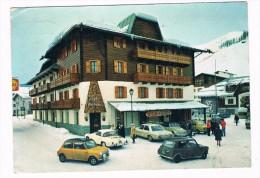 KAR-9     LIVIGNO : Postcard With KARMANN GHIA, 2x MORRIS MINI, VOLKSWAGEN CABRIO - Cartes Postales