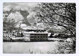 65b32CpmSAINT LARY Pavillon De L'UNCM  , Srages De Ski Et Monagne  1963 , Carte Photo - Frankreich
