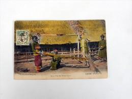 Carte Postale Ancienne Colorisée : LAOS : Jeune Fille KHA KOUENE Tissant - Laos