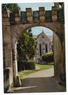 St JEAN AUX BOIS--Porte Fortifiée , Cpm N°0242  éd  Combier---à Saisir - Otros Municipios