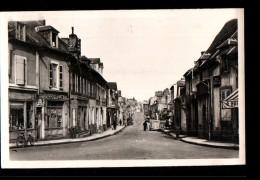 03 DOMPIERRE SUR BESBRE Avenue De La Gare, Commerces, Coiffeur, Familistère, Ed Barbot, CPSM 9x14, 194? - France