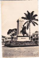 Africa--Camerun--1914-1918--Douala--Le Monument Aux Morts - Camerún