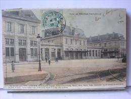08 - GARE DE MEZIERES CHARLEVILLE -  - ANIMEE - DOS SIMPLE - 1904 - Charleville