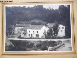 PHOTOGRAPHIE ANCIENNE AUVERGNE : VILLAGE A IDENTIFIER PRES DE CLERMONT-FERRAND PHOTOGRAPHE GEO GUERIN - Photographs