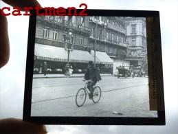 BRUXELLES LE BOULEVARD ANSPACH ANIMEE TAVERNE ST-JEAN HOTEL PLAQUE DE VERRE PHOTOGRAPHIE CLICHE UNIQUE - Avenues, Boulevards