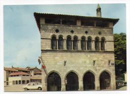 FIGEAC - L' Hotel De La Monnaie (voiture Peugeot 204)- Cpsm 15 X 10  N°42 éd  CAP THEOJAC - Figeac