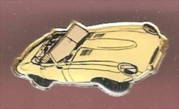 43589-pin's -.automobile.signé Jaguar Coupé De Beukelaer... - Jaguar