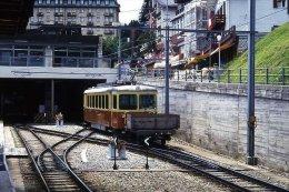 006-680) Dia (color Slide) Schweiz BLM - R 740 Mit BDe 4/4 22 - Trains