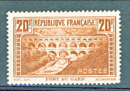 Francia 1929 Pont Du Gard Y&T N. 262 Tipo IIA FR 20  Rame Chiaro MLH Cat. € 400 - Ungebraucht