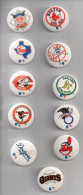 REF XXL 11 Badges Badge Ancien 1990 (no Pin´s) Baseball NBA Giants Dodges Indians Baltimore Reds Red Sox Rangers Yankees - Baseball