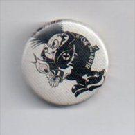 REF XXM Badge Ancien 1980 (no Pin's) Chanteur Groupe Punk Rock Français BERURIER NOIR - Musique