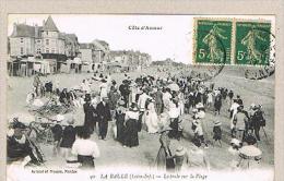 LA BAULE    44    La Foule Sur La Plage      -M4- - La Baule-Escoublac
