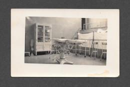 SANTÉ - HÔPITAL SALLE D' OPÉRATION 1930-40 - MÉTIERS SANTÉ INSTRUMENTS MATERIEL - Santé