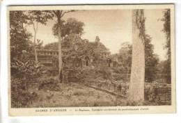2 CPSM ANGKOR (Cambodge) - Le Baphuon, Bas Reliefs - Cambodge