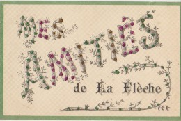 CPA 72 LA FLECHE Souvenir Fantaisie Mes Amitiés Carte Colorisée à Paillettes - La Fleche