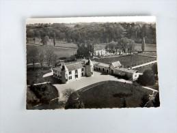 Carte Postale Ancienne : En Avion Au-dessus De ARTIGUES PRES BORDEAUX : Le Chateau Et L'Eglise Romane, En 1963 - Francia